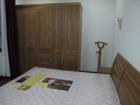 跟风:订了北欧e家的实木家具
