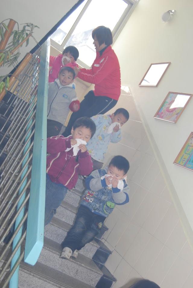 幼儿园安全工作简报-武汉常青阳光幼儿园-搜狐博客