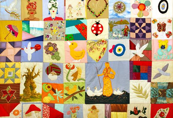 儿童布料面料上的刺绣花纹图案
