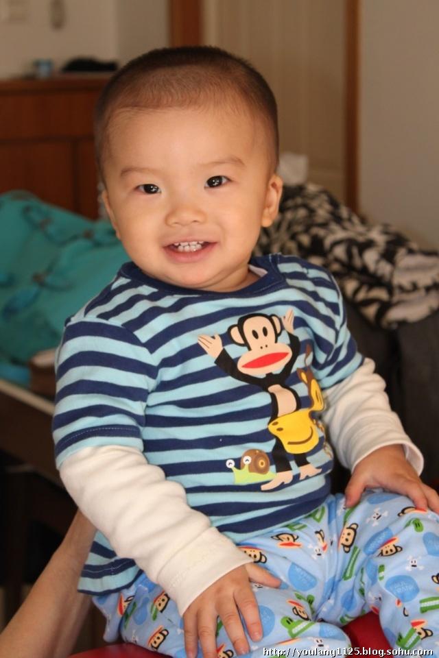 周岁宝宝发型 一周岁宝宝发型男孩