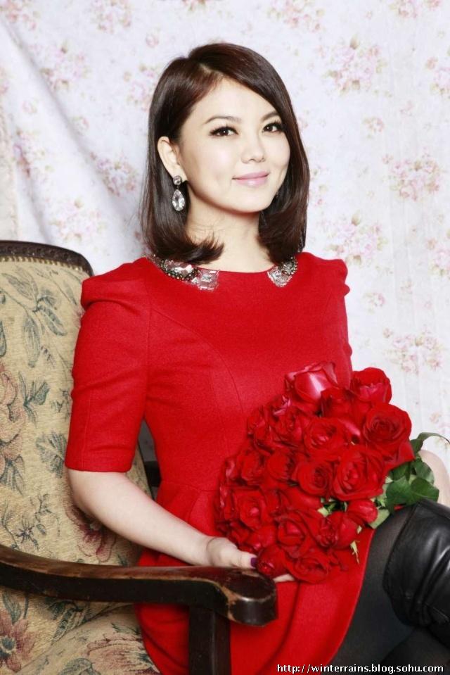 李湘瘦身照片_从照片上看,李湘已经瘦身成功了