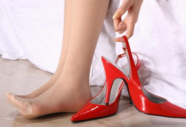 女人的手和脚